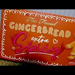 Too Faced Extra Spicy Gingerbread Palette